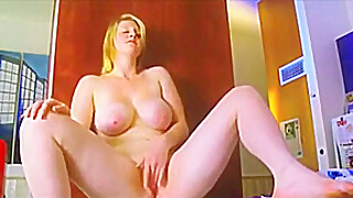 Blonde Chubby Ex Girlfriend Masturbating Her Pink Pussy