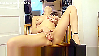 Phoebe Queen Rubs Her Thick Pussy And Masturbates With A Toy