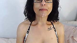 Cougarlicious Brunette Housewife With Great Deepthroat Skill