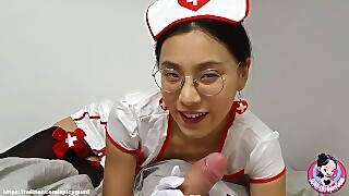 Asian Chinese Nurse Giving A Lovely Blowjob To Her Patient June Liu 刘玥