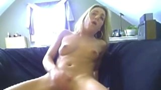 Hot Blonde Toying Both Of Her Holes On Webcam