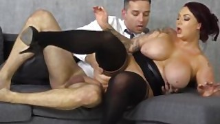 Voluptuous Boss Harmony Reigns Cant Get Enough Of Employes Big Fat Cock