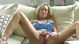 Brandi Love Masturbates While Thinking Of Her Fans