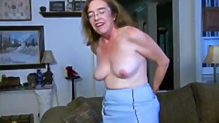 Usawives Old Grandma Carmen Hairy Pussy Fingering