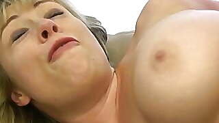 Whiteghetto Milf Size Queen Wants Bbc In Ass And Puss