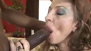 Darien Ross Likes To Have Sex With A Black Man Sucking