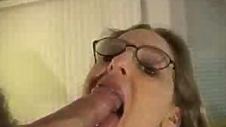 Deepthroat at the office