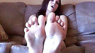 Beat Your Meat To My Big Sexy Feet