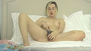 Sasha K reads and then enjoys being naked in bed
