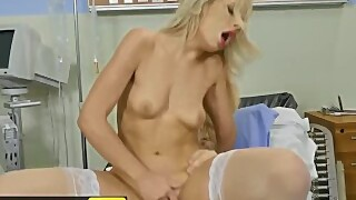 Brazzers - Blonde Thicc Nurse Carmen Caliente Loves Big Cock