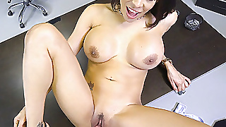 Stunning Milf Luna Star Gets The Job Pulling Her Tits