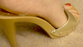 Gold Shoe cum