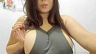 Twenty Year Old Latina Live On Latinacamtv Her Boobs Are Big And Real