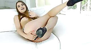 Elle Rose Gets Ejaculation In Her Hole By All Internal