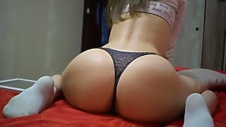 Sweet Buns Lily Get Orgasm - Deluxegirl