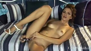 Penthouse Pet Renee Perez Screams And Moans While Masturbating