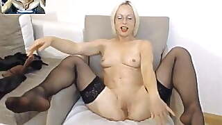 Mature Wife Masturbate On Skype