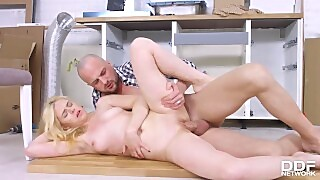 Blonde Teen Kati Golds Shaved Pussy Gets Licked And Fucked With A Big Dick