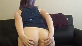 Nerdy Girl Giving Head While Playing A Video Game -- Sexxxarchitect