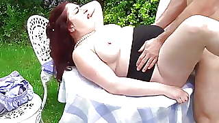 Bigtit Mature Mother Cheating With Boy Outdoor