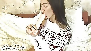 New Years Blowjob From A Young Beauty - Solazola