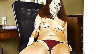 Canadian Milf Candy Needs Rubbing Her Hungry Pussy