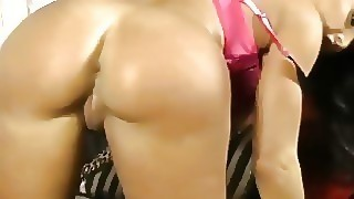 Big Tits Milf Fingering Her Pussy