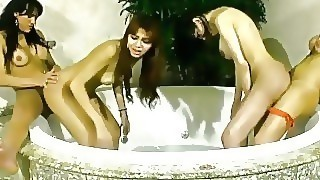 Tranny Chicks Give Blowjobs And Ride Thick Co