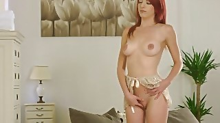 Silady Andrea Sexy Redhead Rubbing Her Wet Pussy