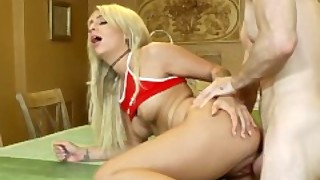 I Know That Girl - Hot Blonde Madelyn Monroe Gets Stuffed
