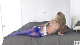 Sexy Tattooed Beauty Teases Us With Stockings And Foot Fetish