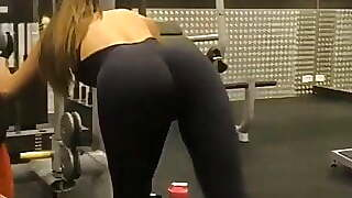 Avital Cohen At The Gym