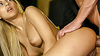 Avid Anal Enthusiast Sarah Cute Plowed In Multiple Positions