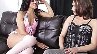 Hotties Use A Dildo On Each Others Pussy