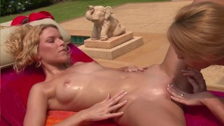 Two Skinny Blonde Girls Suck And Fuck Each Others Twat