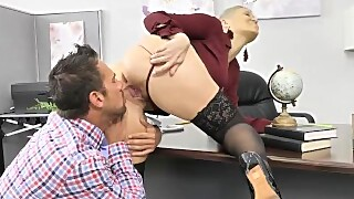 Naughty America Ryan Keely Gives Her Co-worker A Big Raise